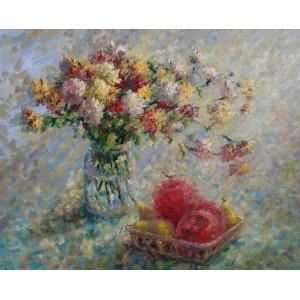 Хризантемы и фрукты