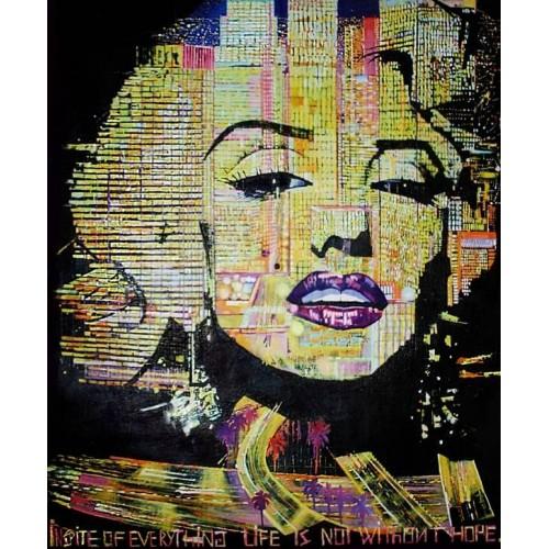 Мерилин Монро в огнях ночного Лос Анджелеса