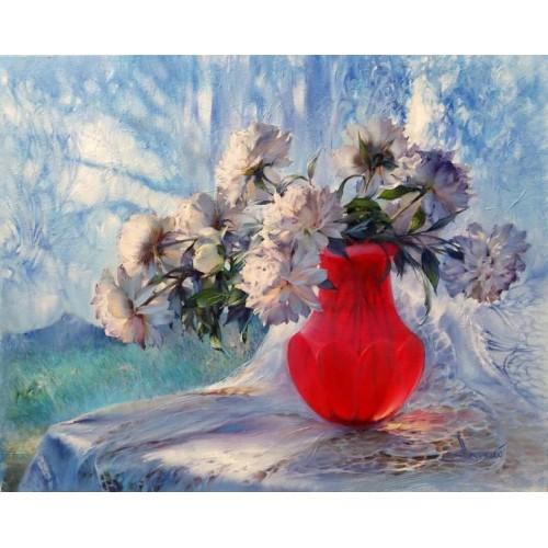 Пионы в рубиновой вазе