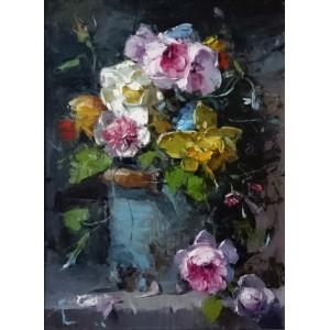 Цветы в бирюзовом бидоне