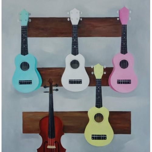Четыре укулеле и одна скрипка
