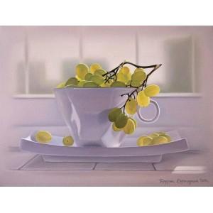 Виноград в чашке