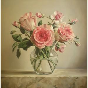 Розы в прозрачном вазоне
